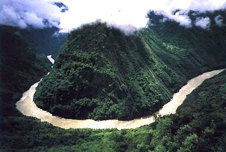 雅鲁藏布大峡谷 探险家的终极冒险(图)