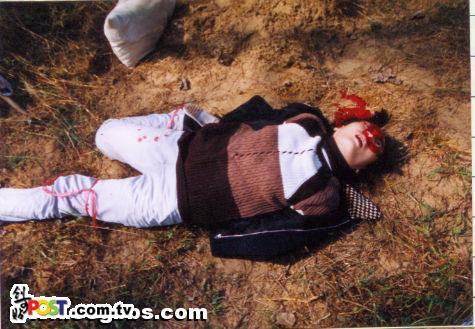 小勿入 真实的女警对女犯执行枪决