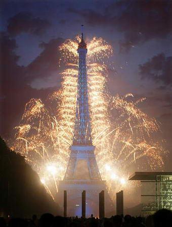 主题 巴黎埃菲尔铁塔烟花烂漫时 -烟花烂漫埃菲尔铁塔 新浪论坛图片
