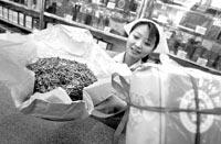 两成小型茶企业将遭淘汰