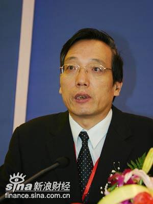 刘世锦:中国的低成本优势不可能在一个早上消失