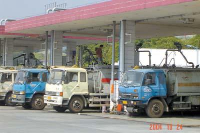 中石化中石油表态:广州车主买油不限量(图)