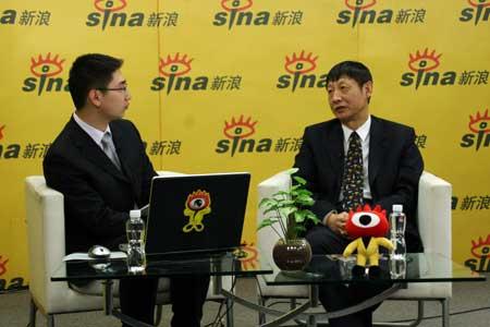 曹远征做客财经中国讲述转轨国家金融改革之路