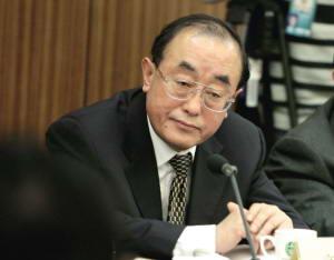 卫生部部长高强称新医改方案将向社会公示