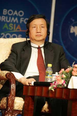 马凯:中国能源资源出口对世界能源作了贡献
