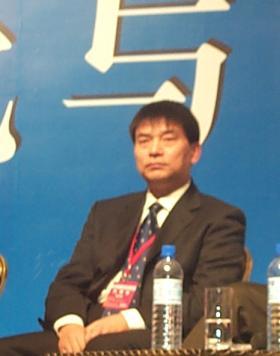 现场图片:新希望集团董事长刘永好在论坛上