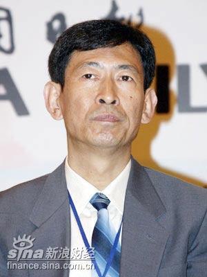 图文:国家环境保护总局政策法规司司长杨朝飞