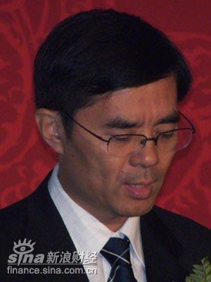 崔卫东:青岛构建五个环境营造良好发展氛围