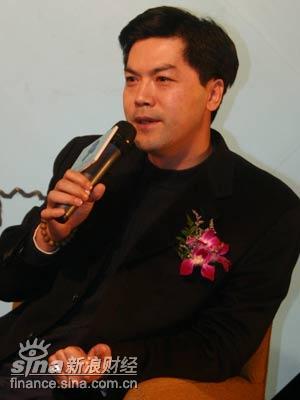 图文:英才房地产开发有限公司董事长蓝春
