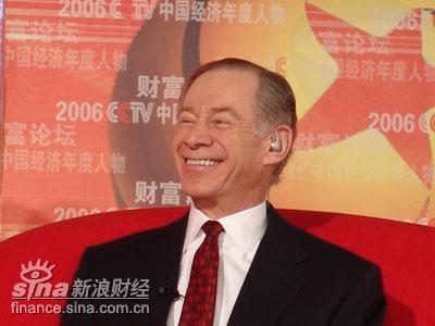 图文:深圳发展银行董事长法兰克・纽曼