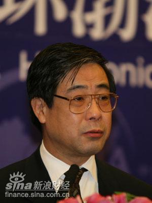 图文:天津市人民政府副市长崔津渡