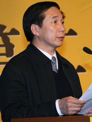 图文:中国出版科学研究所党委副书记宋英亮