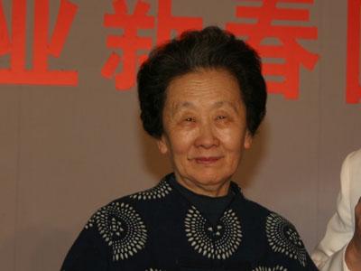 图文:中国广告协会会长杨培青