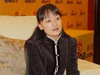 图文:青岛华东葡萄酿酒公司执行总经理刘红梅