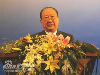 图文:全国政协副主席徐匡迪