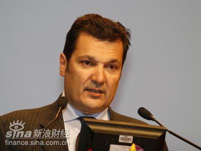 图文:法国lagadereActive传媒CEO迪迪尔-奎罗特