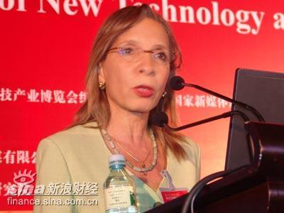 图文:联合国贸发会议创意产业部主任Santos