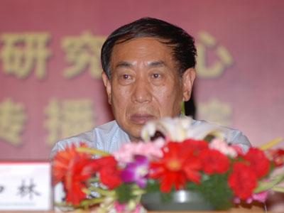 图文:河北省人大常委会副主任王加林参加会议