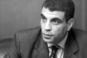亚瑟:阿拉伯银行家闯荡上海滩