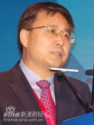 建行董事长郭树清:跨行查询费确实不该向百姓收