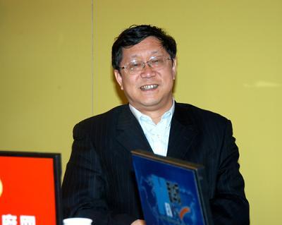银监会副主席唐双宁称农信社不良贷款可能达30%