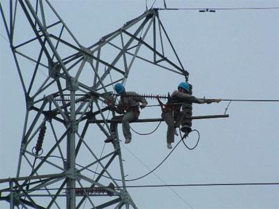 电力职工渴望社会理解不是每个员工都在拿高薪