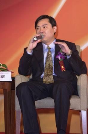 图文:上海通用总经理陈虹在第四分论坛发言