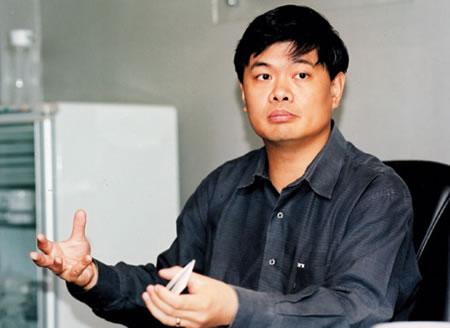 亚信科技(中国)公司董事长丁健