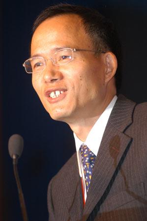 上海复星集团董事长郭广昌主题演讲中