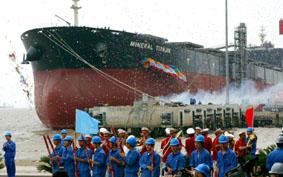 两艘好望角型散货船命名(图)
