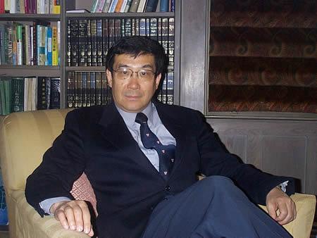 哈佛大学燕京学社社长杜维明简介