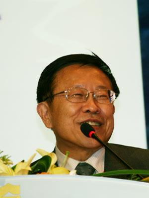 图文:大会主席天下远见文化事业群总裁高希均