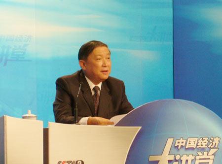 图文:徐冠华先生在节目现场