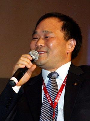 图文:吉利控股集团有限公司董事长李书福