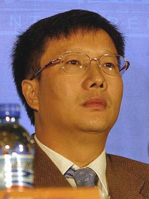 图文:深圳水务集团董事长黄传奇