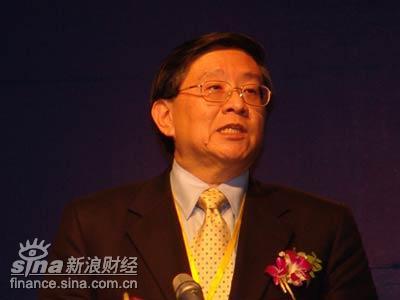 图文:新加坡交易所高级副总裁上市部主任黄良颍