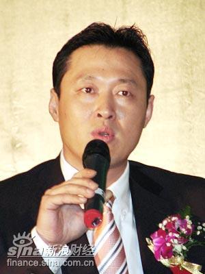 图文:天津泰达股份有限公司总经理吴树桐发言