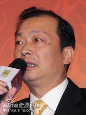 图文:长沙市商务局副局长陈再坤