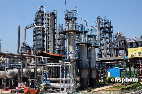 2006年中国为进口原油涨价埋单152亿美元