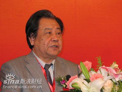 图文:中国名牌战略推进委员会副主任艾丰