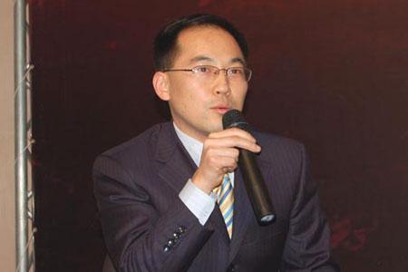 图文:中央电视台中国证券主持人姚振山