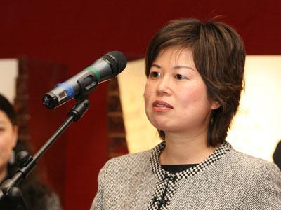 图文:中国国际航空投资者关系经理饶欣瑜