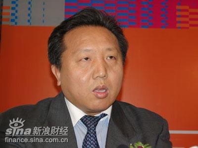 图文:人民大学金融与证券研究所所长吴晓求