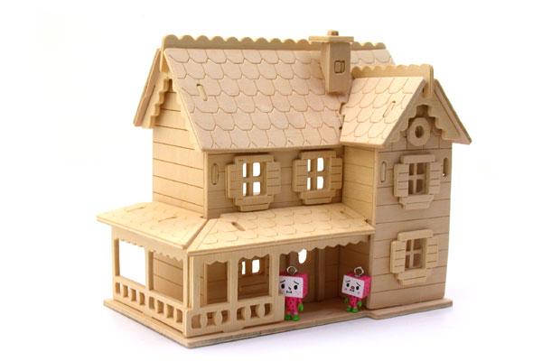 精致玩具木质卡通小屋(组图)(2)