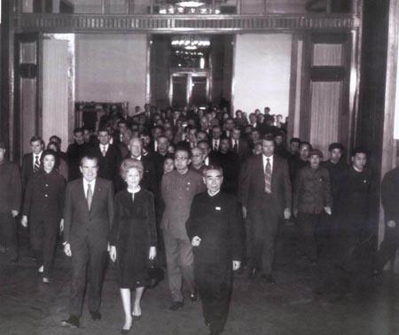 图文:周恩来举行盛大宴会欢迎尼克松及其夫人一行