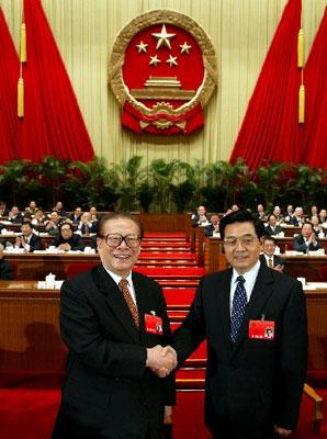***/3月15日,十届全国人大一次会议在北京人民大会堂举行第五次...