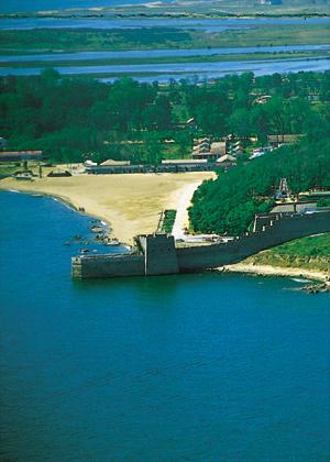 图文:河北秦皇岛旅游景点--老龙头