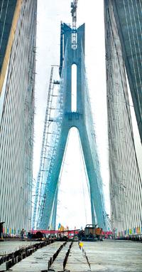 北方第一桥 天津海河斜拉特大桥合龙
