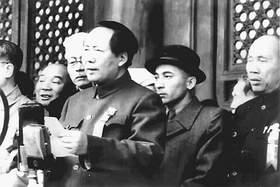 赛福鼎·艾则孜同志生平(组图)