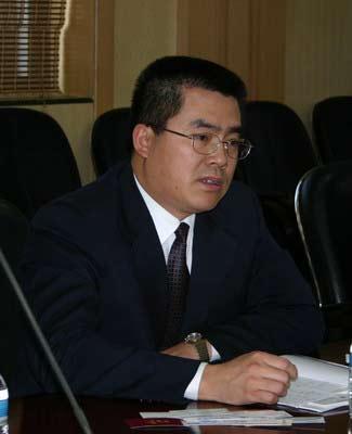 黑龙江省省商务厅_网络媒体采访团在黑龙江省商务厅采访(组图)